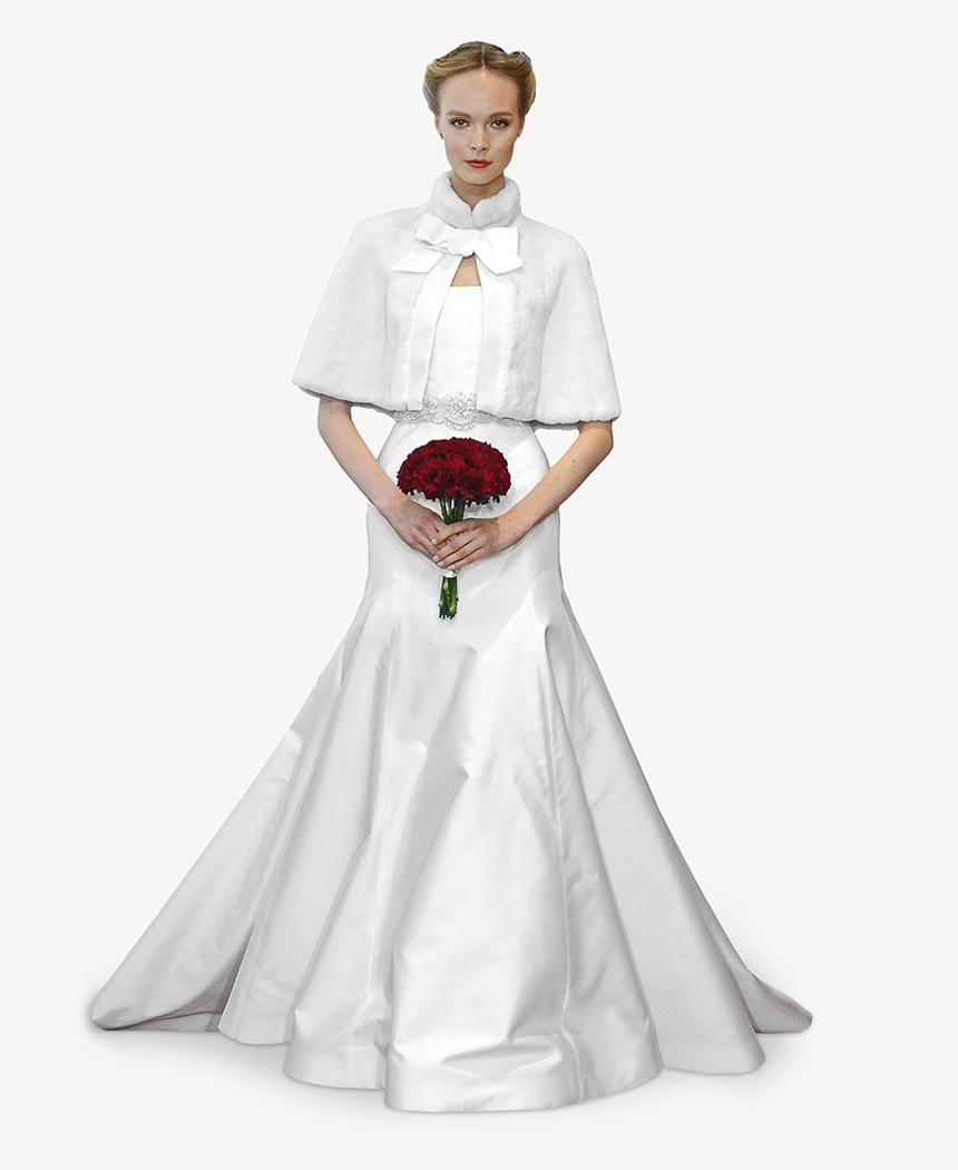 La estola es un complemento ideal para vestir un palabra de honor en invierno