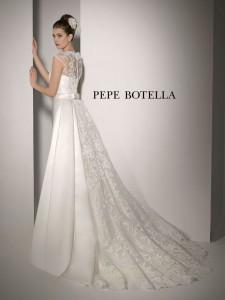 Pepe Botella colección White over White