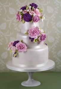 Tarta de Boda decorada con flores