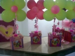 cotillonescentros-de-mesafiestas-infantilesdecoraciones_MLV-F-38069044_2518