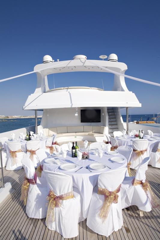Celebración de boda en barco